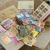 WORLDWIDE STAMP LOT. 1'000's OF OFF PAPER STAMPS FROM MANY COUNTRIES