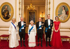 """HM QUEEN ELIZABETH & ROYAL FAMILY A4 GLOSSY new PHOTO PRINT 11.75"""" X 8.25"""""""