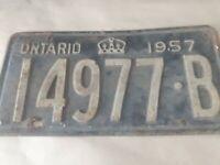 VTG 1957 Ontario License Plate 14977 B Canada Crown