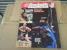 1980-81 STREET  & SMITH'S BASKETBALL- MAGIC JOHNSON , LARRY BIRD, AGUIRRE COVER