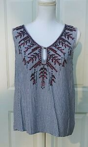 Knox Rose Blue White Pin Striped Floral Embroidered Tank Top Keyhole L