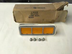 NOS MOPAR 71 Roadrunner Super Bee GTX Front Turnsignal Light 3514401