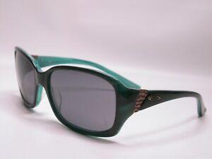 Oakley Sporty Feminine Green Discreet Sunglasses Shades Frames