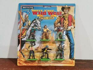 BRITAINS WILD WEST COWBOYS AND INDIANS 1:32 SCALE