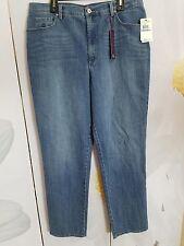 ef38353709389 Gloria Vanderbilt Women s Amanda Jeans Size 18L Mid-Rise Classic Fit Faded  Wash