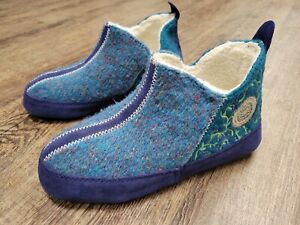 ACORN Women's Blue Green Teal Boho Embroidered Booties House Shoe Small (5-6)