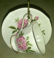 ROSLYN FINE BONE CHINA TEA CUP & SAUCER MADE IN ENGLAND ROSA FIESTA PINK FLORAL