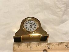 VIVANI GOLD TONE  MANTLE STYLE  COLLECTABLE ANALOG QUARTZ MINI-CLOCK