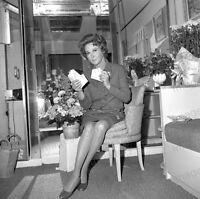8x10 Print Susan Hayward Candid #5502150