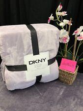 New Dkny Stanton King Size Plush Blanket Light Lavender Purple Pretty & So Soft