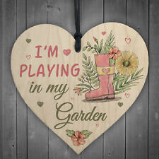 Novelty PLAYING IN MY GARDEN Wooden Hanging Heart Gardening Love Shed Sign GIFT