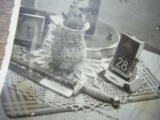 76) 2 x Foto Luftwaffe - tolles STILLLEBEN - Offiziersdolch, Brieföffner, Uhr,..