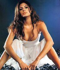 Eva Mendes Unsigned 8x10 Photo (35)