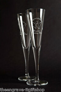 Wedding Champagne Flutes (set of 2)  - 2 Hearts - Engraved Wedding Gift