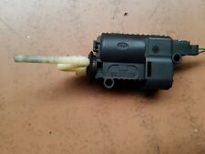 SAAB 9-3 202-11 FUEL  FILLER FLAP ACTUATOR CENTRAL LOCKING MOTOR