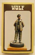 Wolf  German Officer s/SS-Pz.-Abt.501 La Gleize, Belgium 1944 WWII 1/35 WSH 07