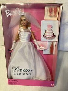BARBIE DREAM WEDDING Mattel #27374 Gown, Veil, Bouquet, Cake ++ New in Box!