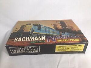 N Scale Bachmann 4324 GP-40 Diesel Train Power Pack Great Northern Tracks