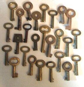 Bulk Lot 26 Old Metal Barrel Keys Small Antique Many Brass