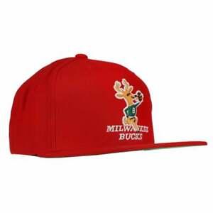 Mitchell & Ness Milwaukee Bucks Ground Snapback Hat Mens   Casual