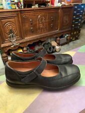 Roots Women's Black Leather Mary Jane Comfort Casual Shoes Size 7 M