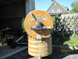 Antike Miele Waschmaschine aus Holz