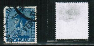 NEW ZEALAND 1926  blue ADMIRAL cat #182 $35.00 USED BK NZ