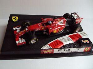 Ferrari F14-T 2014 Fernando Alonso - con pilotino 1:43 Hot Wheels