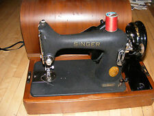 Antique ~~ 1946 ~~Electric Singer Sewing Machine Model 99-24 .Working Condition