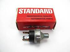 Standard Motor Products PS-132 Engine Oil Pressure Sender For Light