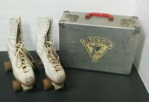 Vintage Hyde Womens Size 8 Roller Skates  With Case Chicago Wheels