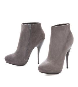 Viktor & Rolf Suede Pointy Toe Studded Ankle Boots Damen Stiletto Wildleder