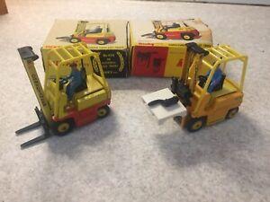 2 x Dinky 404 climax fork lift trucks