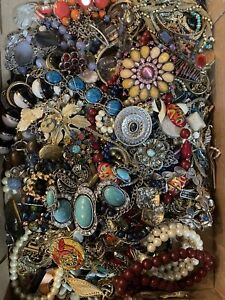 Jewelry Vintage-Modern Huge  Lot Craft, Junk, Wearable,  Over One Full Pound