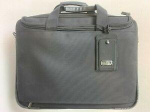 GENUINE DICOTA TRAVELLER PRO 14 - 15 NOTEBOOK/LAPTOP BAG (RRP: £68)