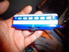 Ancienne Caravane Fer et Plastique Made In Japan ou Remorque de Tramway