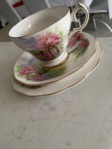 Vintage QUEEN ANNE English Bone China MEADOWSIDE  Tea Cup saucer Plate Trio