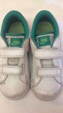 Nike - scarpe da ginnastica - N° 29,5 - colore bianc verde - chiusura a strappo