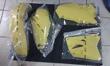 KIT PLASTICHE SUZUKI RM 85 2004 KIT 4 PZ COLORE COME FOTO