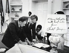 Richard Nixon vintage SIGNED 1973 White House Oval Office photo lot JSA LOA RARE