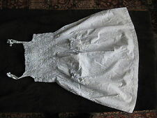 magnifique robe Marks & Spencer 4 à 5 ans 109 cm