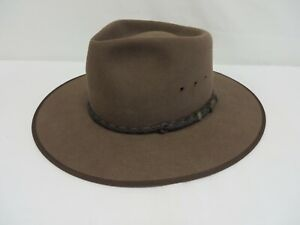 Akubra Cattleman hat - pure fur felt with leather trim Made in Australia Size 55