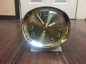 Working Vintage Westclox Big Ben Glow in the Dark Wind Up Alarm Clock Gold Face
