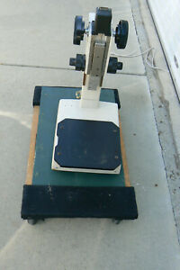 Nikon MM-11 Microscope Stand