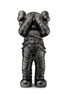 """KAWS HOLIDAY SPACE 11.5"""" Figure - Black DDT STORE 2018 All Rights Reserved New"""