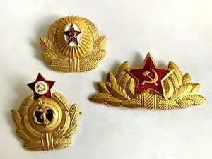3 LARGE USSR RUSSIAN MILITARY BADGES Soviet army gold red star hat coat pin set