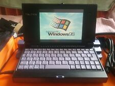 PD1000 + Modem Porte: VGA WIFI irda/serial parallel/floppy cd-rom 5 usb2 cardbus