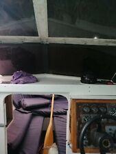 Motorboot, kajütboot mit Trailer