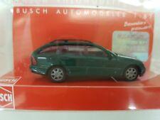 Busch 89137 ESCALA H0 1 MERCEDES-BENZ CLASE C, modelo T, verde oscuro #