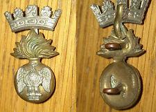 fregio militare fiamma corona e aquila con numero 8 sotto le zampe
